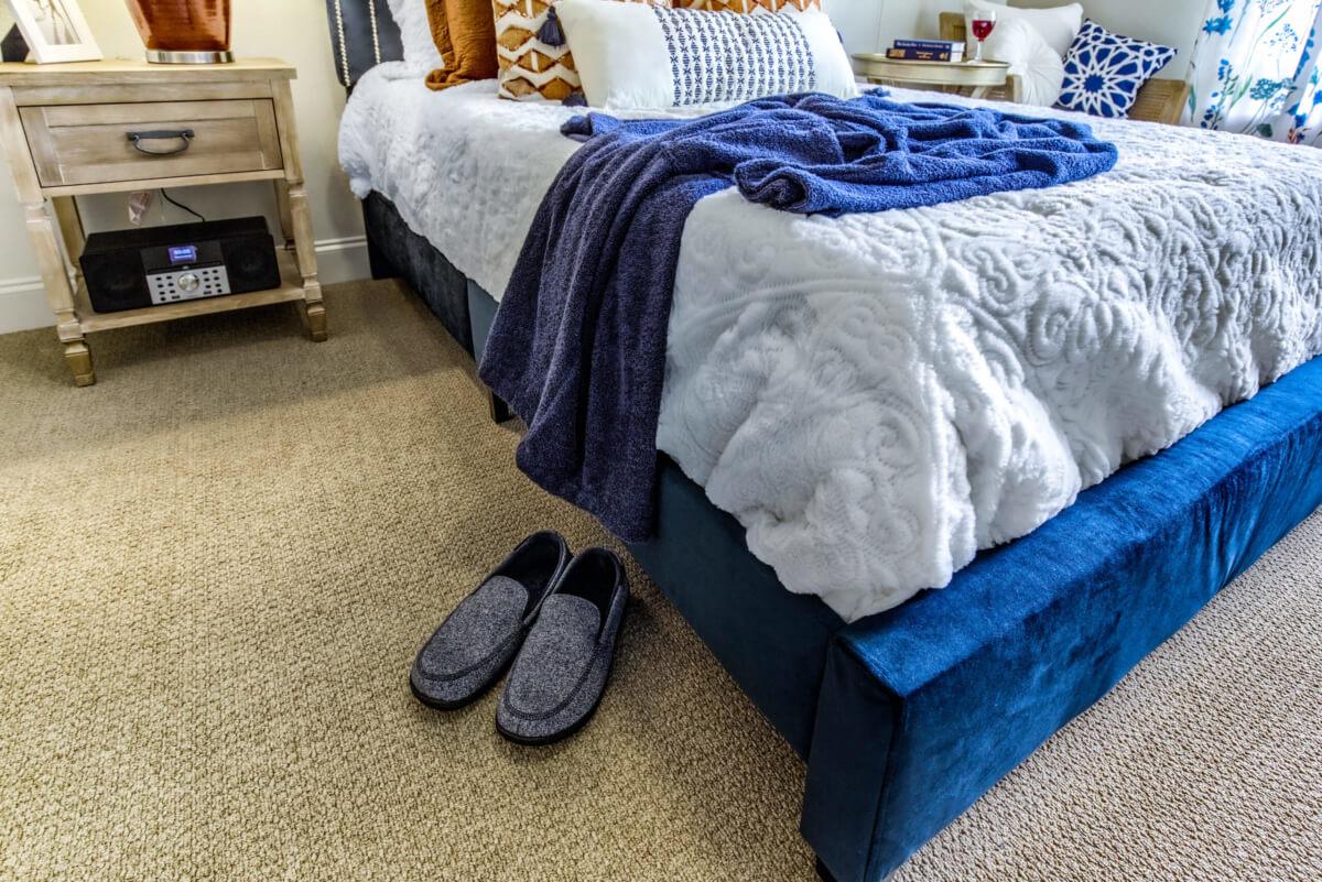 Modal Bedroom01